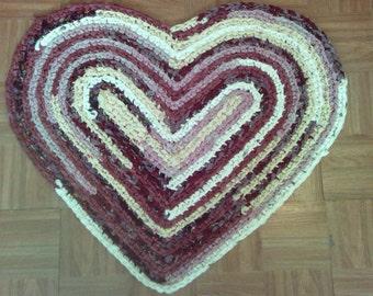 "Crocheted Heart Rag Rug ~ 30"" x 25"" Rug ~ Repurposed linens ~ Log Cabin Decor ~ Rustic Cabin ~ Machine Washable ~ Retro Rag Rug ~ Farmhouse"