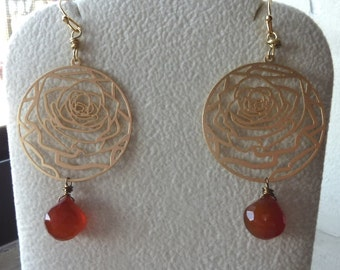 Faceted Chalcedony Briolettes with Pressed Round Rose Earrings