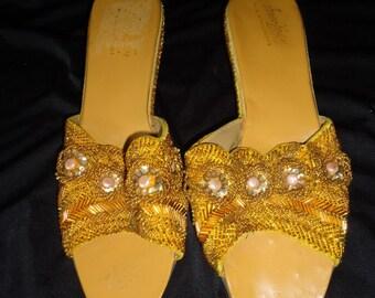 Heavily BEADED Golden Metallic Vintage 1960's Women's Wedge Heel Sandals 10 / 11