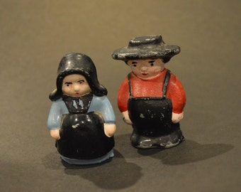 Adorable Hand Painted Vintage Pewter Amish Couple – Great Home Décor Accent or Photo Prop