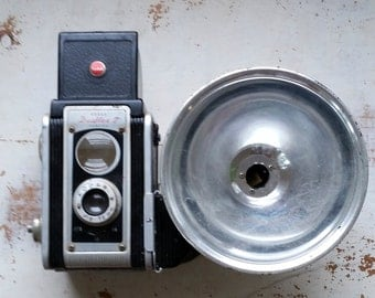 Vintage Kodak Duaflex camera with flash, vintage camera, Duaflex camera