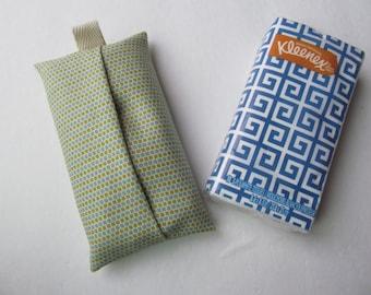 Tissue Case/Dots Line