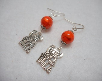 Halloween Earrings, Halloween Jewelry, Ghost House Earrings, Haunted House Earrings, Haunted House Jewelry, Haunted Mansion Earrings