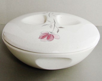 Franciscan Ware Duet Covered Casserole On Vegetable Bowl Base 1 1/2 Quart Hard To Find 1956 to 1961 Excellent Condition
