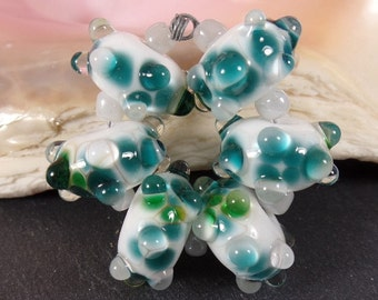 Beadset handmade Lampwork Glass Beads, Beads & Frit Emerald Green White, Jewelry Supplies