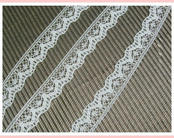 "20 yards CREAM LACE vintage trimming embellishment 3/8"" wide"