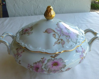Beautiful Soup Tureen - Mitterteich Bavaria China Dogwood Pattern #4376 - 1 Quart Capacity; Made in Germany - Vintage - F