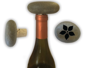 Engraved Symbol Wine Stopper on Natural Stone  - 6864 Flower with Pointy Petals