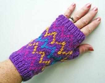 Purple Fingerless Gloves, Purple Artisan Wristwarmers,  Purple Zig Zag Mitts, Merino Texting Gloves, Purple Handspun Knitted Gloves