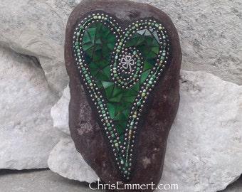 Mosaic Heart, Green Heart, Mosaic Rock, Garden Stone, Home Decor, Gardener Gift, Garden Decor,