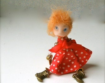 Doll-brooch Dancing Small art doll brooch Handmade brooch Brooch girl Tiny dolls Dolls miniaturesFunny doll brooch