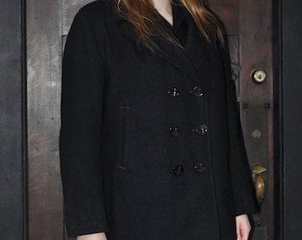Woman's Authentic Vintage 1980s USN  Navy Issue Pea Coat 16R
