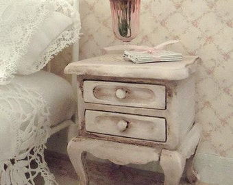Shabby chic night stand bed side table - 1:12 dolls house dollhouse miniature