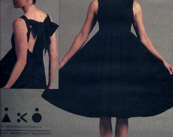 Vogue Designer V1102 Evening Dress Andrea Akatzobjects Sewing Pattern 1102 Plus Size 14, 16, 18, 20 UNCUT