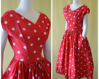 Adorable 1950s Sun Dress / 50s Day Dress / Red with White Polka Dot Print / Full Skirt / Crisp Cotton / XS Extra Small