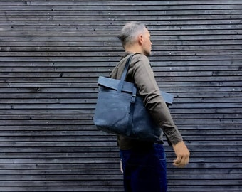 Waxed canvas tote bag with  leather handles and double waxed canvas bottem COLLECTION UNISEX