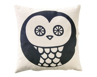 Fall Decor Throw Pillow Owl Handmade by Olula Decorative Pillow Kids Room Decor Accent pillow  Halloween Decor Patio Decor Owl Cushion