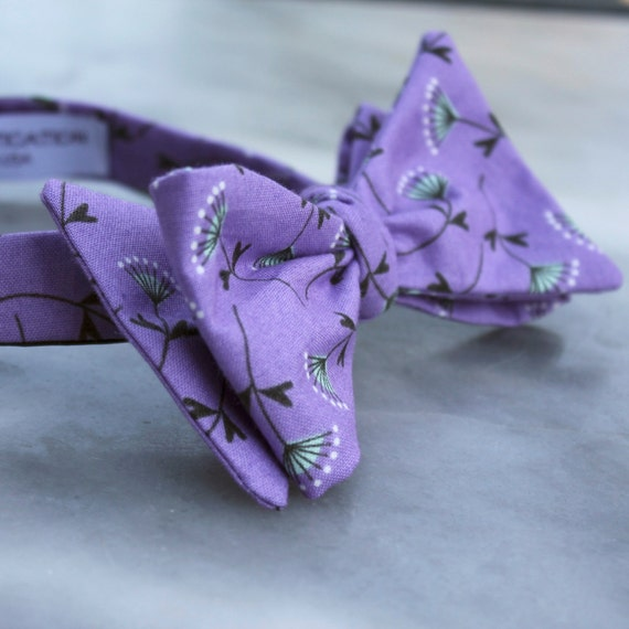 Men's Bow Tie in Purple and Mint Green Floral - Self tying - freestyle, pre-tied with strap or clip on - Groomsmen gift