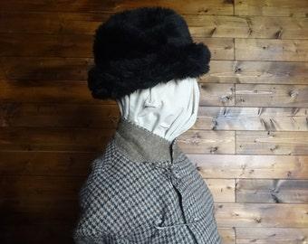 Vintage English black faux fur like hat woman ladies unisex circa 1970-80's / English Shop