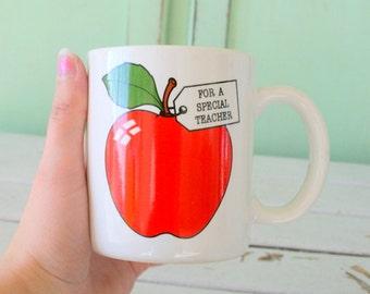 The TEACHER Mug...apple. retro housewares. coffee. tea. teacher appreciation. holiday. kitsch. gift. teacher. school. number one. red apple