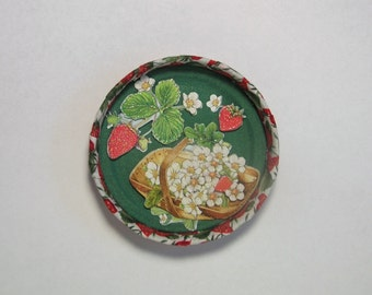 Hand crafted Mason/Ball/Kerr canning lid/ring refrigerator fridge magnet *Strawberry*