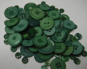 Hunter Green Buttons, 100 Bulk Assorted Round Multi Size Crafting Sewing Buttons