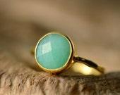 WINTER SALE - Chrysoprase Ring - Gemstone Ring - Stacking Ring - Gold Ring - Round Ring