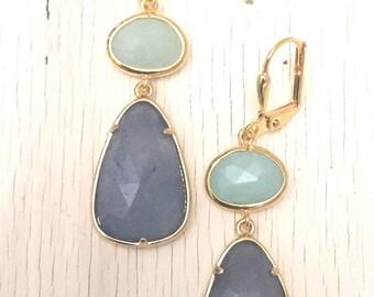Light Purple Jade and Mint Jade Dangle Earrings in Gold. Drop Earrings. Stone Earrings. Jewelry. Gift. Wedding. Dangle.Bridal.