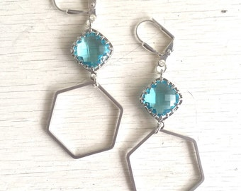 Silver Hexagon Earrings with Aquamarine Stones. Aqua Dangle Earrings. Drop Earrings. Jewelry. Silver Geometric Earrings. Gift. Jewelry.