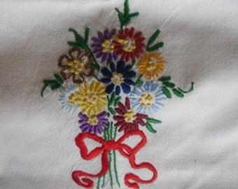 """Vintage Linen Runner - Dresser Scarf, Embroidered Flowers, Crocheted Edging, 15"""" x 35"""", 1950s Shabby Chic, Boho"""
