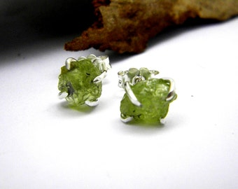 Raw peridot earrings studs, sterling silver peridot rough stone studs, uncut green stone earrings, green gemstone stud, peridot jewelry.Sale