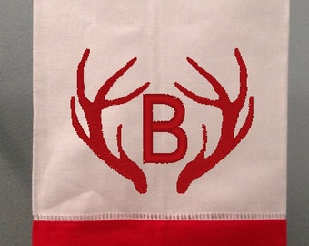 Antler Monogram Towel/Red and White Towel/ Holiday Hand Towel/ Holiday Bath Towel/ Winter Decor/ Christmas Guest Towel/ Cabin Decor