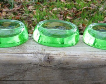 Set of 3 castor cups, furniture rests in a delightful green