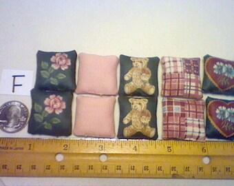 Lot of 10 Dollhouse Miniature handmade pillows bears flowers pink green (F)