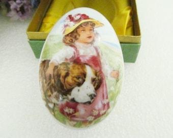 Vintage Royal Bayreuth Porcelain Easter Egg Germany 1977