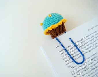 Crochet cupcake planner clips office gift ideas teacher gift idea paper clip blue cupcake daily planner accessories crochet bookmark