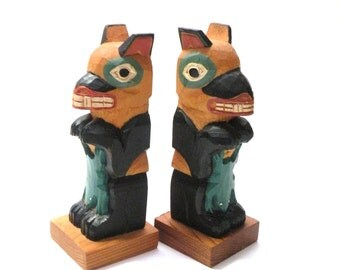 Whimsical Urban Chic Decor- Raven CARVED WOOD Bookends- Totem Pole- Storage  Organization