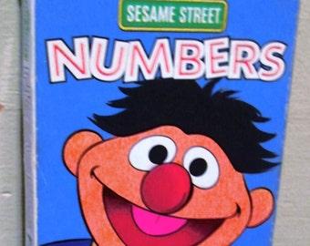 1993 Sesame Street Numbers. 30 Numbers Flash Cards.  Y-066