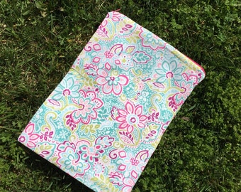 """Travel wet bag 10""""x13"""" Spring Flowers- optional strap available"""