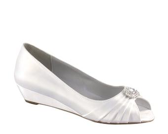 Wedding Shoes wedge -- 1 inch wedge heels Size 11