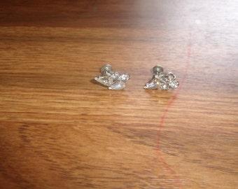vintage screw back earrings silvertone rhinestones