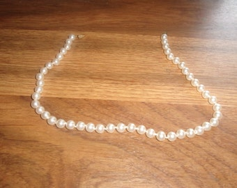 vintage necklace faux pearls
