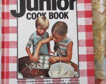vintage book-Better Homes and Garden New Junior Cook Book - 1979