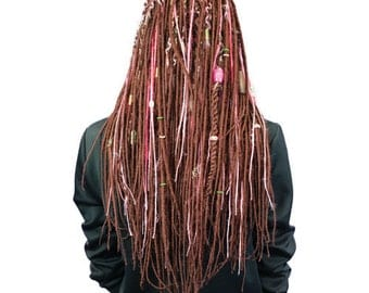 12 Thin Dreads