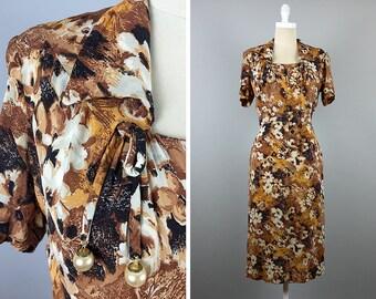 1940s Dress --> Fall Floral Vintage 1940s Dress --> 40s Dress --> 1940 Dress --> 1940s Rayon Dress --> 1940s Clothing --> Vintage Dress