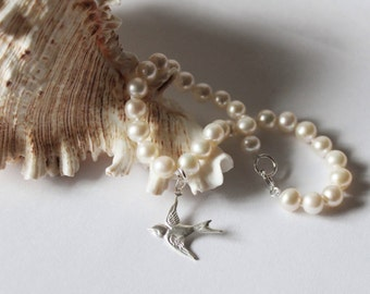 Genuine Pearl and Dove Bracelet, Bridesmaid pearl bracelet, Sparrow Bird charm, Sterling Silver, bridesmaid bracelet