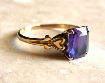Vintage 10K Gold Amethyst Ring