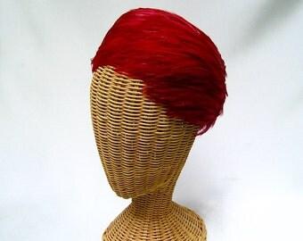 Vintage Ladies Feather Hat Red Fuchsia Toque