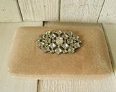 Vintage jewelry box beige velvet clamshell rhinestone brooch embellished 1950s