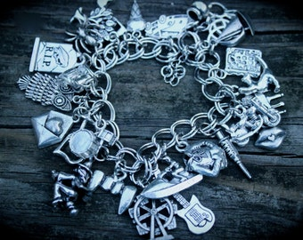 Children Of The Alliance Charm Bracelet - Shawn Reilly - Bug - Spun - Author Swag - Urban Fantasy - Paranormal - Book Lover Jewelry - Fandom